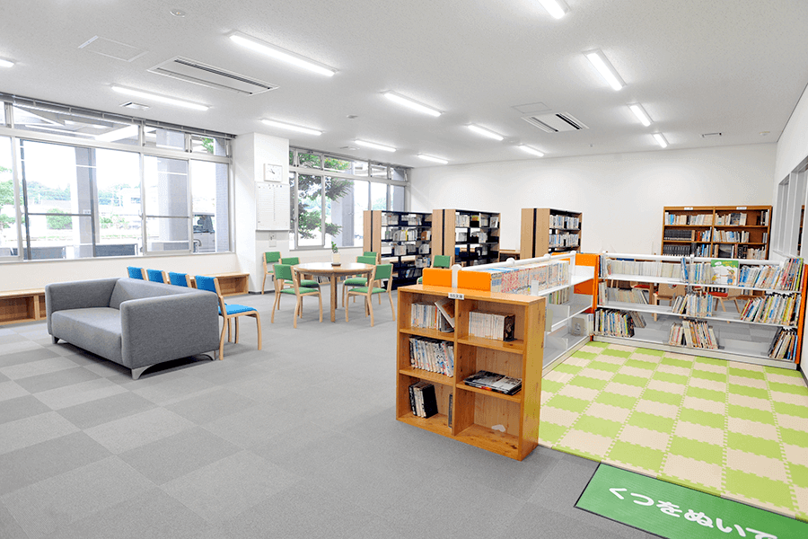 千歳公民館・図書室